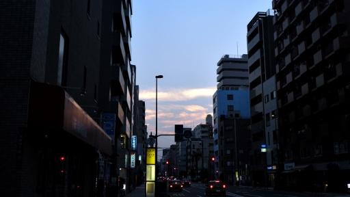 해가 지는 도쿄의 거리.
